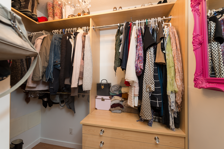 505 1189 Melville walk in closet