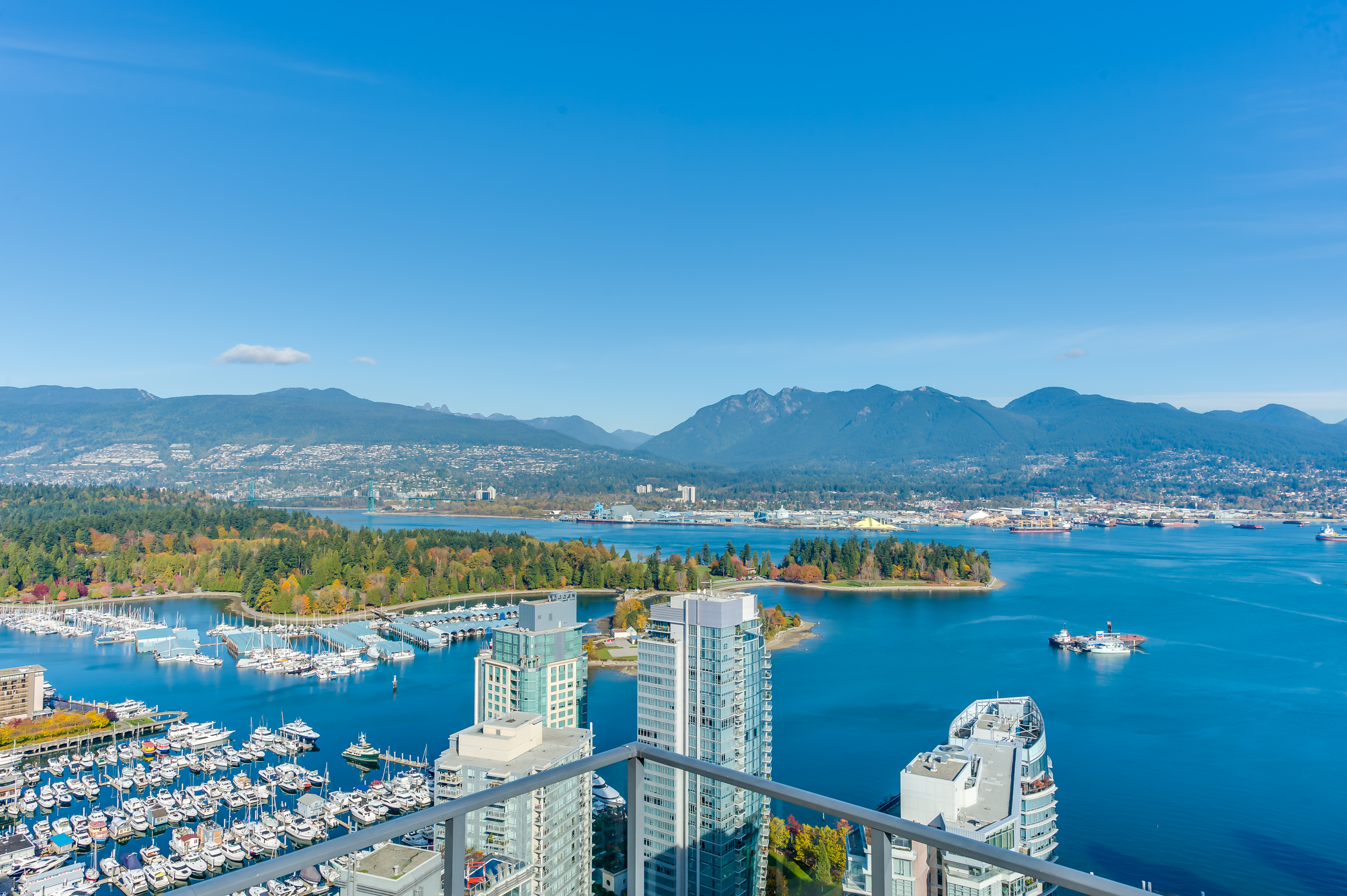 1189 Melville rooftop view coal harbour