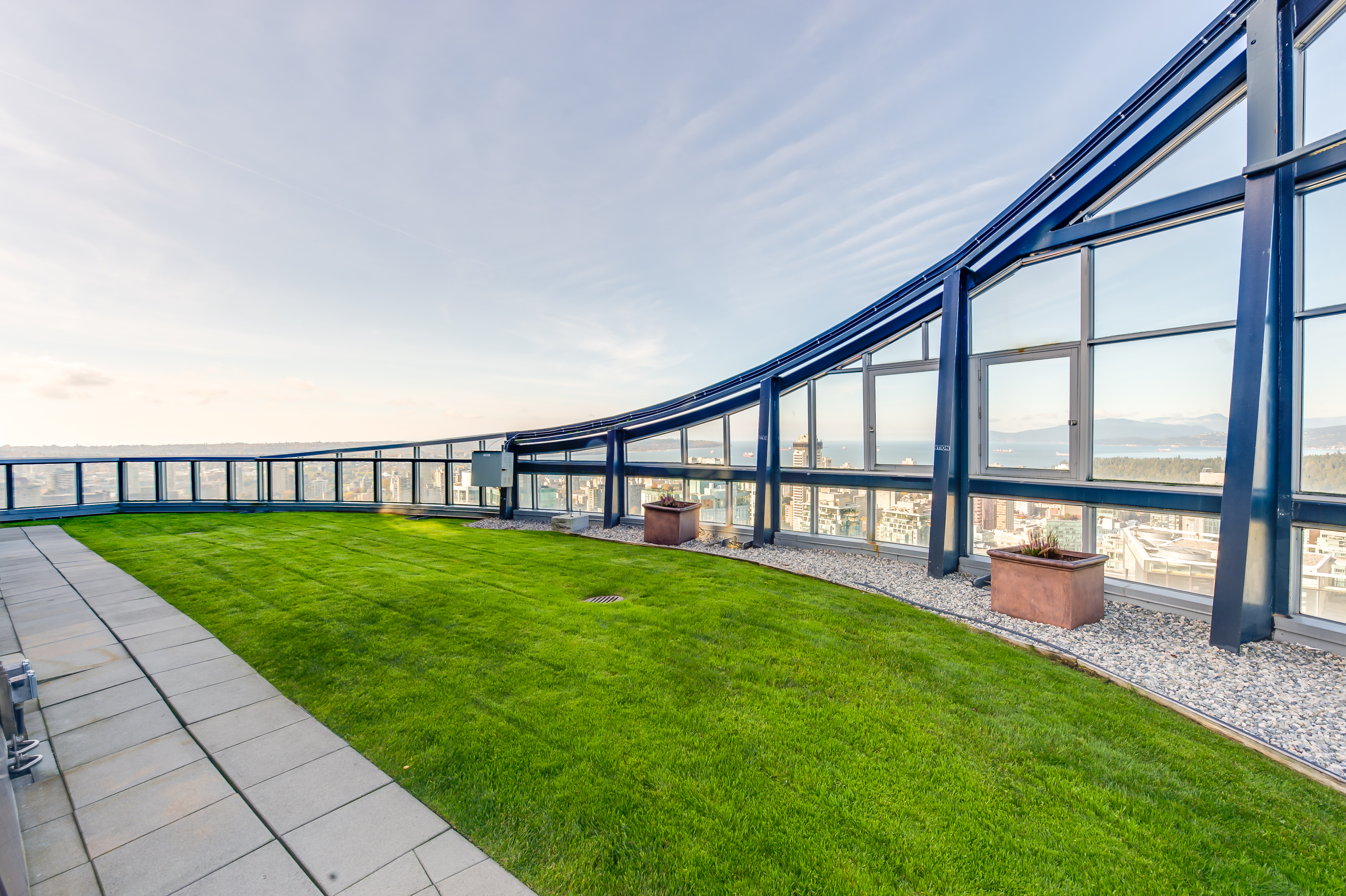 1189 Melville Roof Top Green